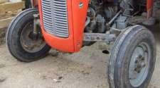 Smrtno stradalo lice prilikom prevrtanja traktora