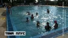 U školi plivanja tokom ljeta oko 80 mališana /VIDEO/