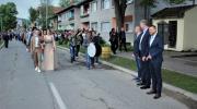 Loparski maturanti uz pratnju trubača defilovali gradom /FOTO/