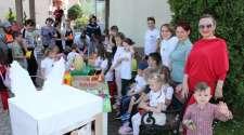 Ugljevik: Djeca održala Vaskršnji sajam na gradskom trgu